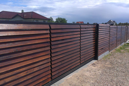 ogrodzenie-drewniane-thermoplast