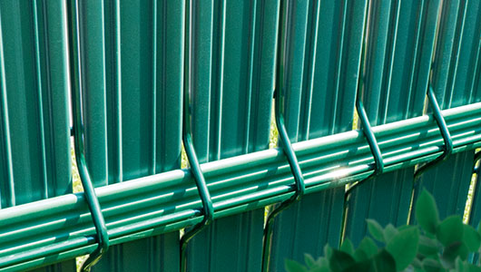 Vertical Assembly - The Guard - Fencing Covers Thermoplast